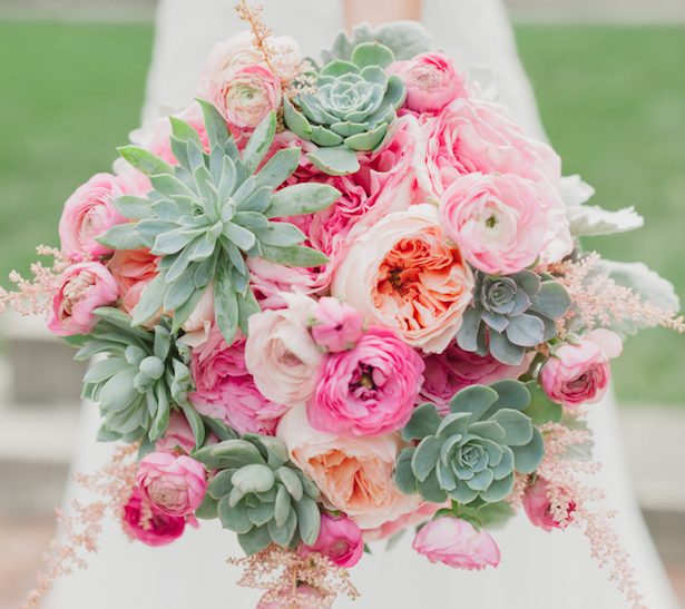 15 stunning summer wedding bouquets belle the magazine 15 stunning summer wedding bouquets junglespirit Choice Image