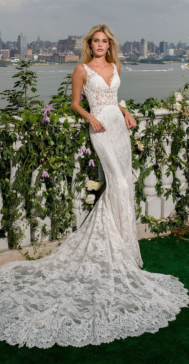 Wedding Dresses by Eve of Milady Spring 2017 Couture Collection