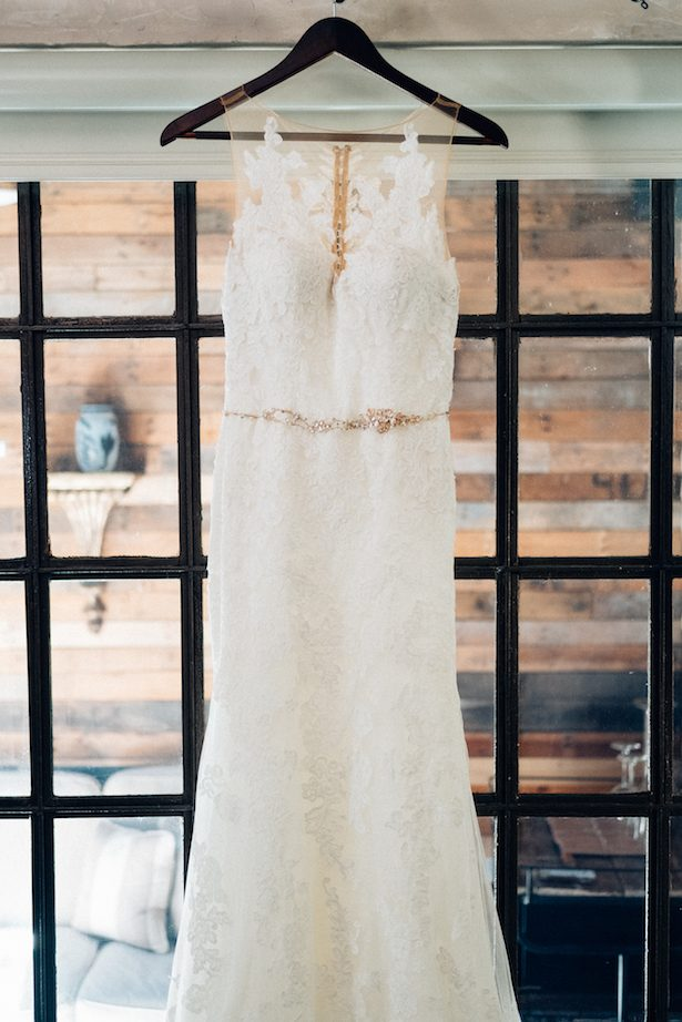 Wedding dress - Esteban Daniel Photography
