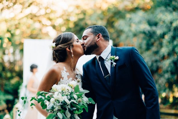 Wedding kiss - Esteban Daniel Photography