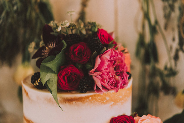 Floral wedding cake topper - Cristina Navarro Photography