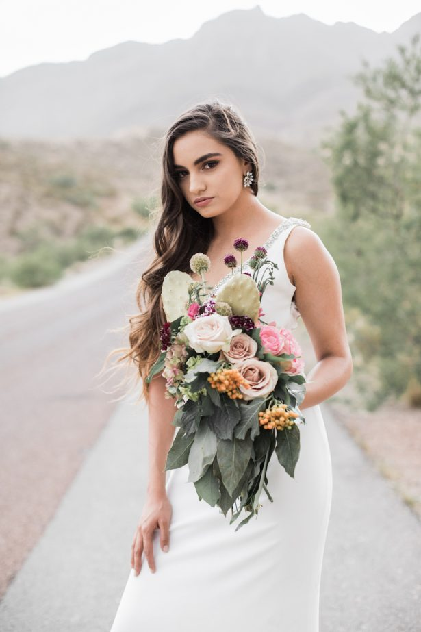 Sophisticated bride - Coffee Creative Photography