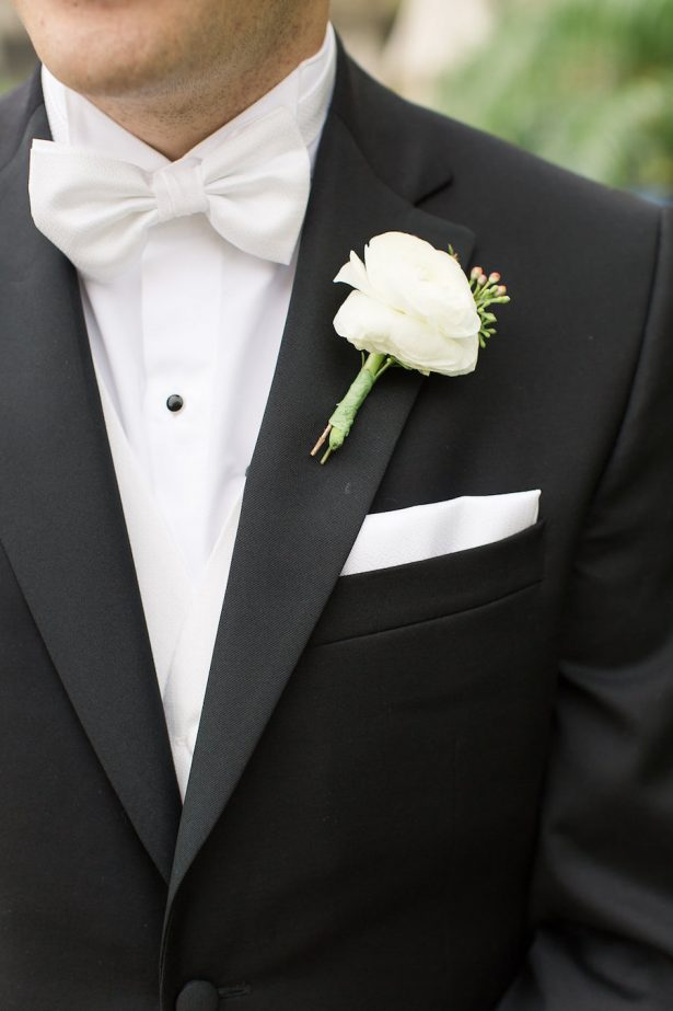 White groom boutonniere - PSJ Photography