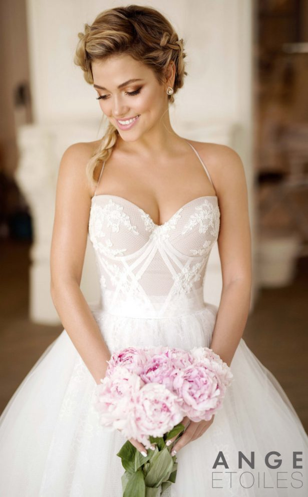 20 Fabulous Wedding Dresses you can buy on Etsy