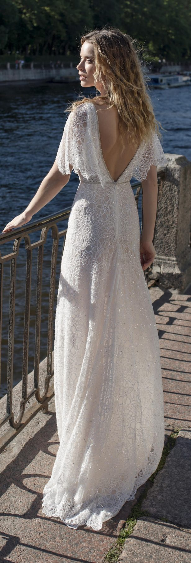 Lian Rokman Wedding Dress 2018 - Stardust Bridal Collection -Uranus4