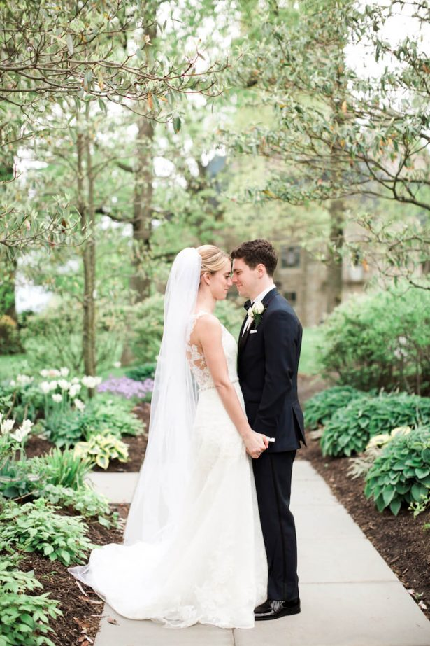 Bride and Groom - Lindsay Campbell Photography