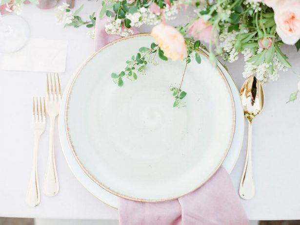 Pink and gold Wedding Place Setting - Stella Yang Photography
