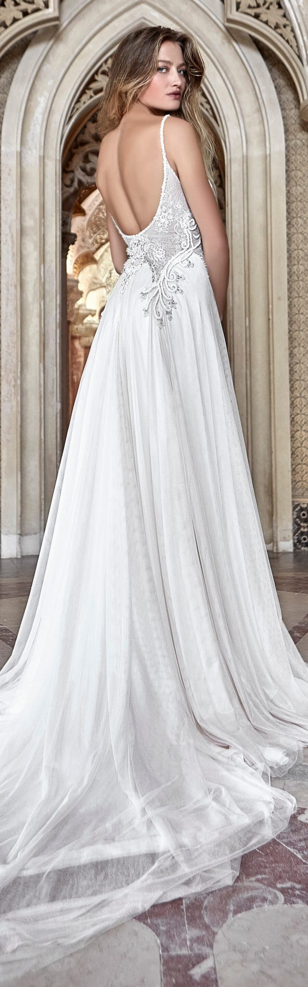 Solo Merav 2017 Wedding Dress Collection