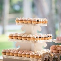 Wedding Cupcakes - Bethany Walter Photography