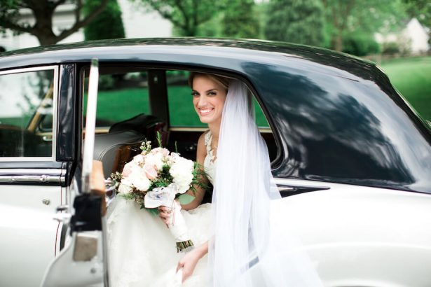 Wedding transportation - Lindsay Campbell Photography
