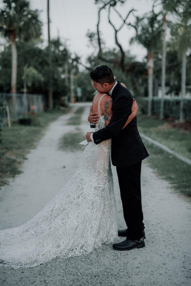 romantic wedding photography - Lindsey Morgan Photography