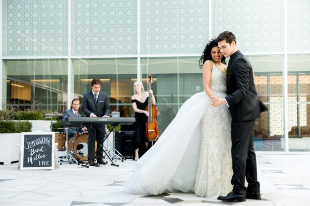 Bride and Groom Wedding Music  – Tom Wang Photography