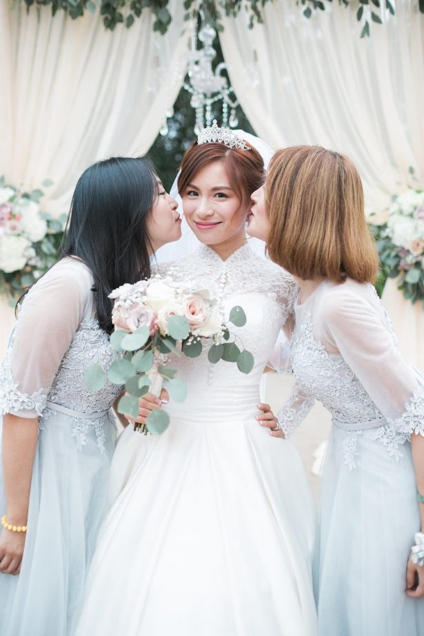 Bridesmaid Photo Idea - Stella Yang Photography