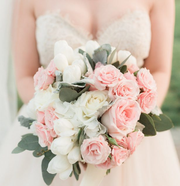 An Elegant Blush Winery Wedding That Will Stand the Test of Time