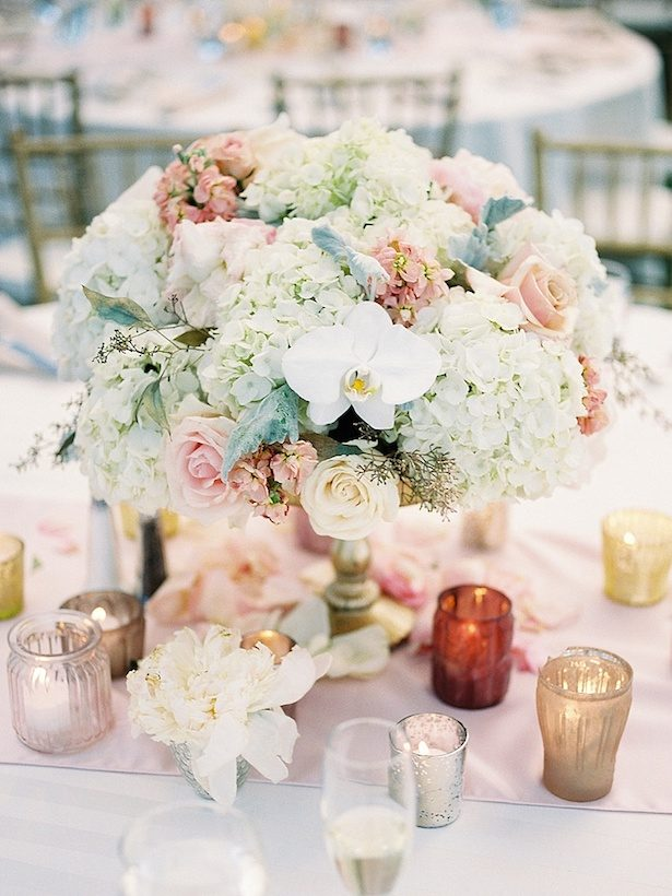 Low Wedding Centerpiece - Photographer: Callie Hobbs