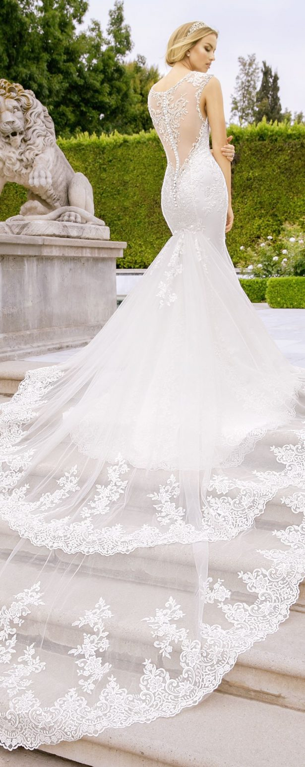 Wedding Dress by Moonlight Couture 2018 Collection
