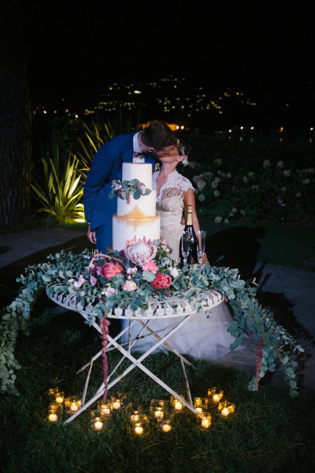 Boho wedding cake table - Photography: Irene Fucci