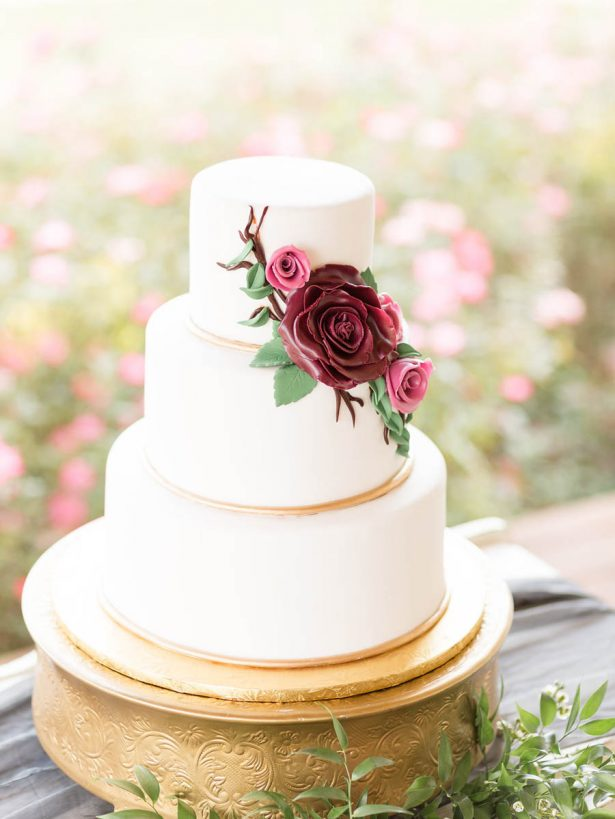 Classic Wedding Cake - Alexi Lee Photography