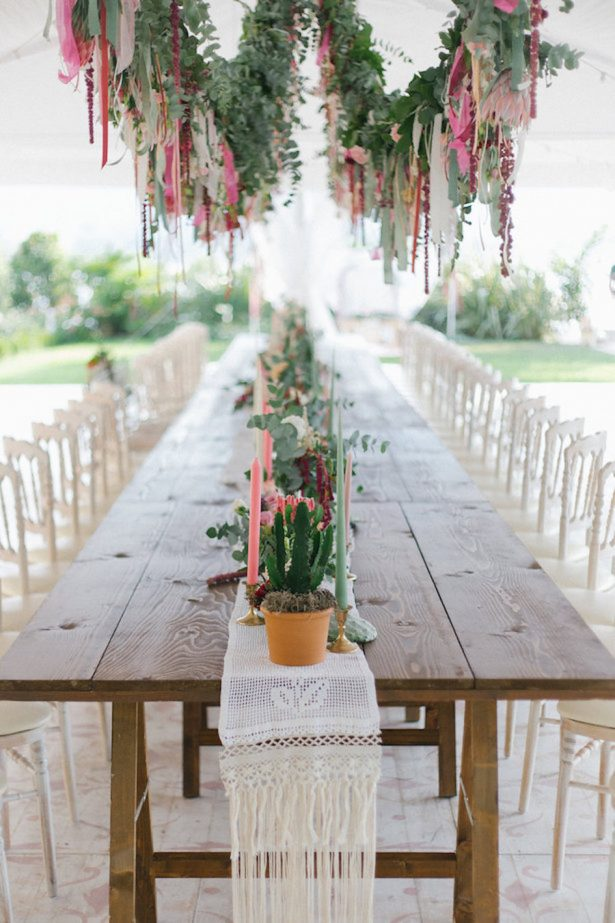 Colorful Boho Wedding Reception decor - Photography: Irene Fucci