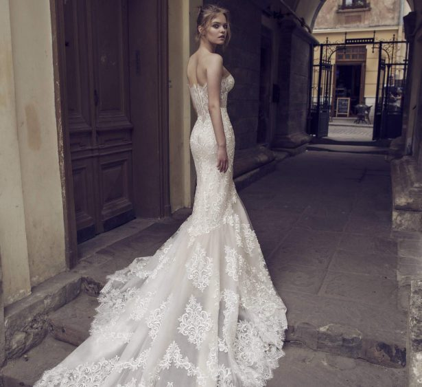 Noya by Riki Dalal Bridal 2018 Shakespeare Collection