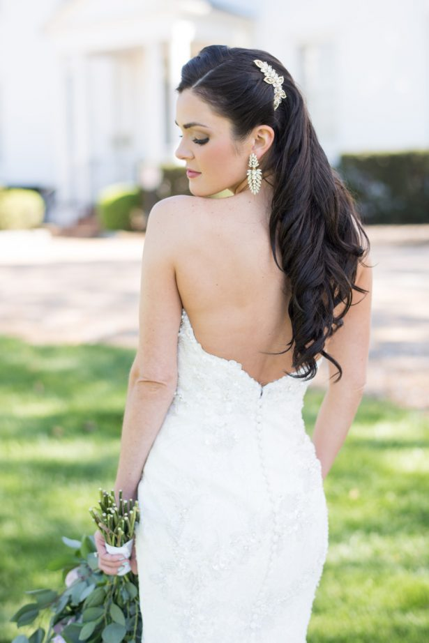 Sophisticated Bride - Shane Hawkins Photography