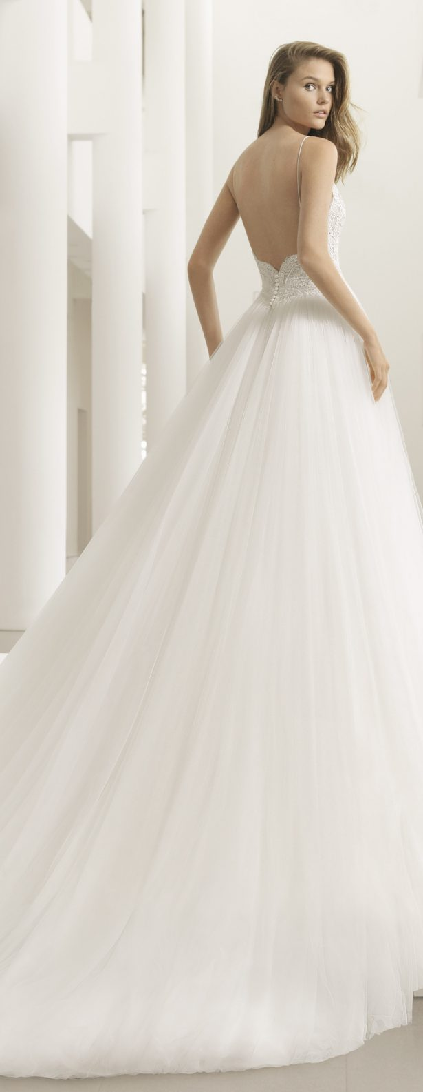 Wedding Dress by Rosa Clará Couture 2018 Bridal Collection