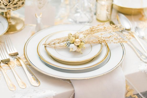 Glamorous Wedding Plate Setting  – Lula King Photography