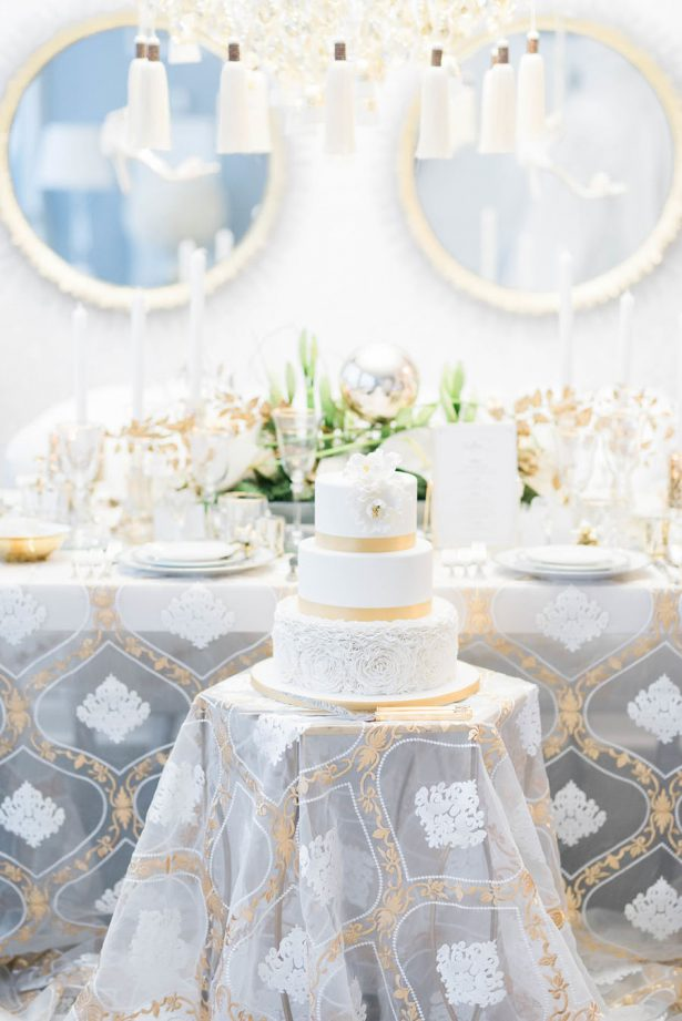 Glamorous White and Gold Wedding Cake - Lula King Photography