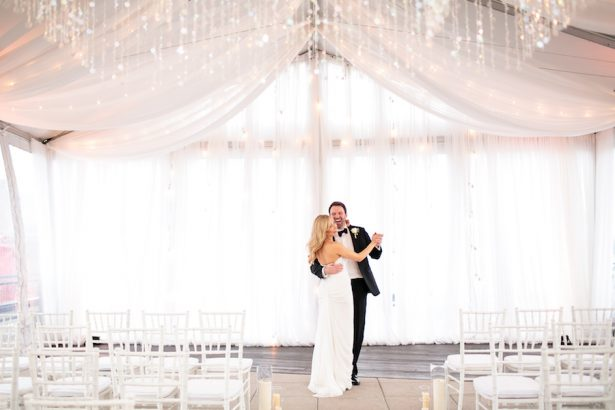 Glitz and Glam Wedding Ideas - NYE - 012. fête nashville - Erin Lee Allender