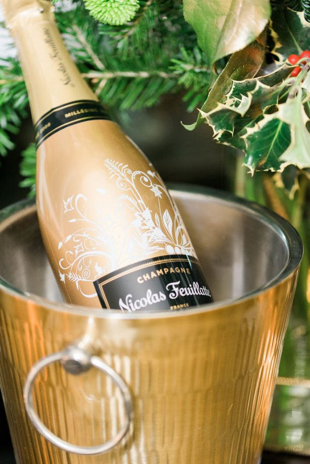 Holiday Wedding Champagne - Lula King Photography