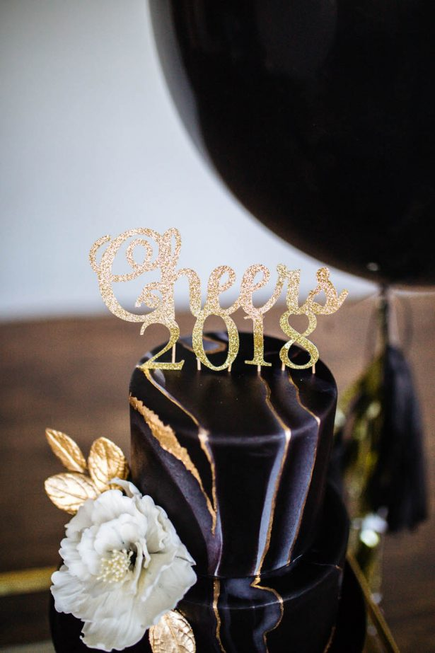 New Year's Eve Cake Topper - Sparrow and Gold Photography