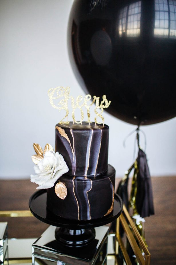 New Years Eve Cake Topper - Sparrow and Gold Photography