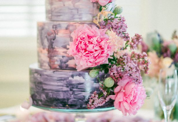Pantone Ultra Violet Wedding Cake - Donna Lams Photo
