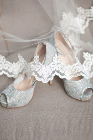Sophisticated Vintage Wedding Shoes - Faria Munmun Photography