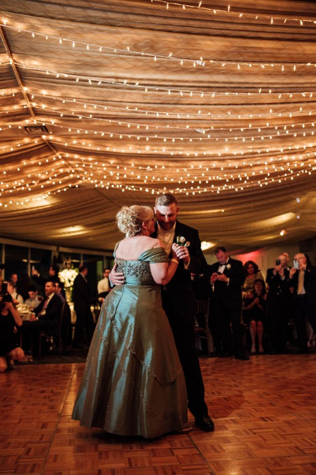 Wedding Music - Esvy Photography