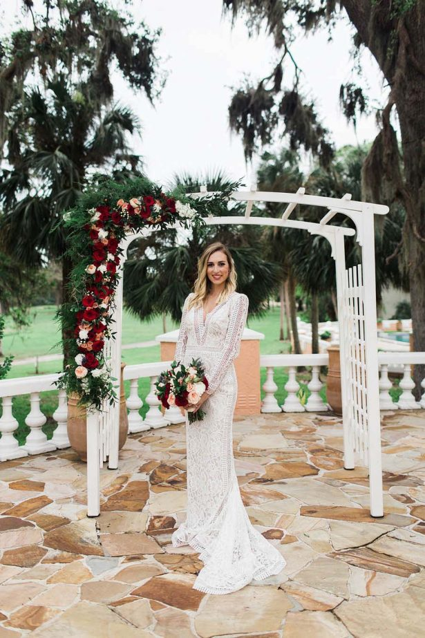 Winter wedding inspiration and flowers - Harmony Lynn Photography