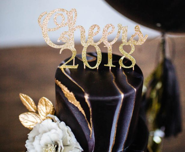 5 DIY Projects To Spice Up Your New Year's Eve Party and Your Proposal with Cricut