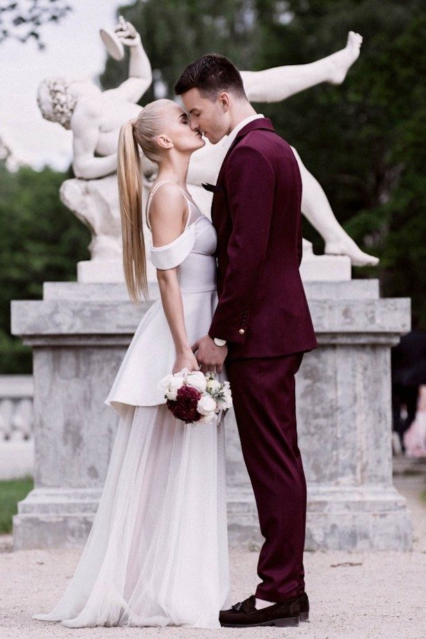 Burgundy Wedding Ideas - Photography: Linas Dambrauskas