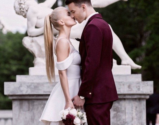 Burgundy Wedding Ideas That Will Take Your Breath Away