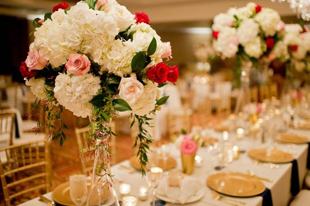 Elegant Wedding tablescape - Photography: Mosca Studio