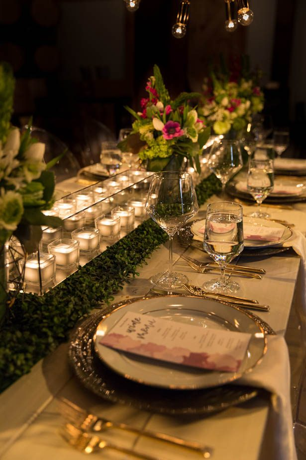 Greenery wedding table - Emily Leis Photography