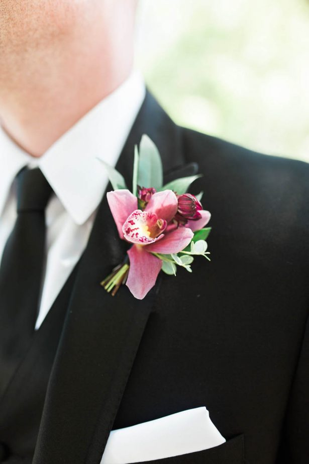 Grooms boutonniere - Jenny Quicksall Photography
