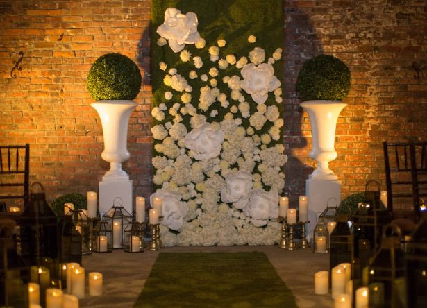 MODERN GLAMOUR AND GREENERY WEDDING - Emily Leis Photography