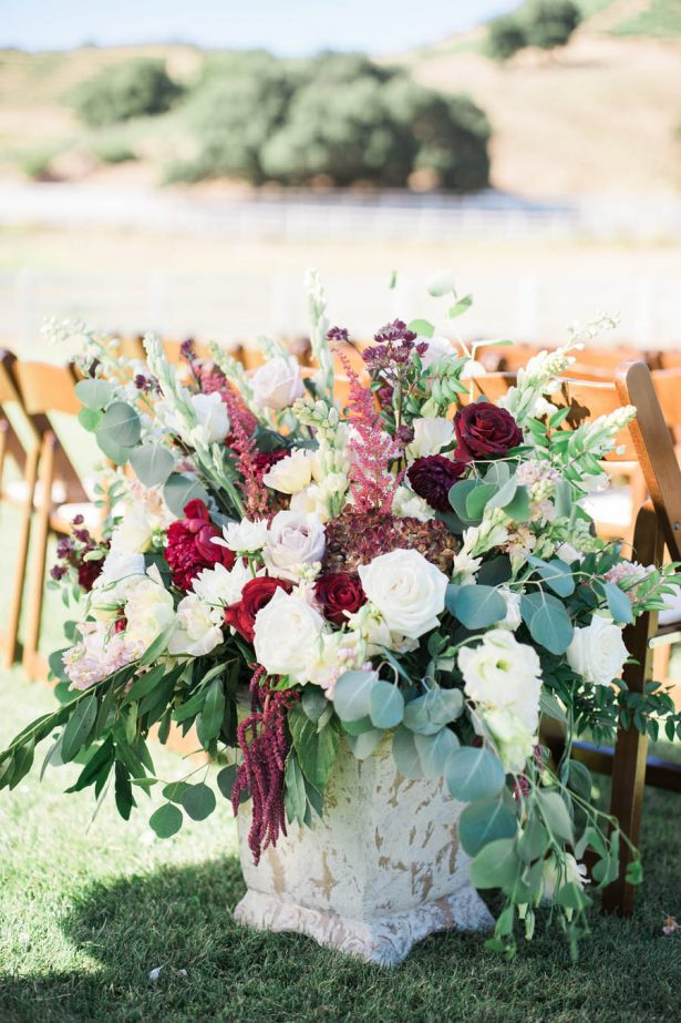 Ceremony Wedding Flowers - Jenny Quicksall Photography