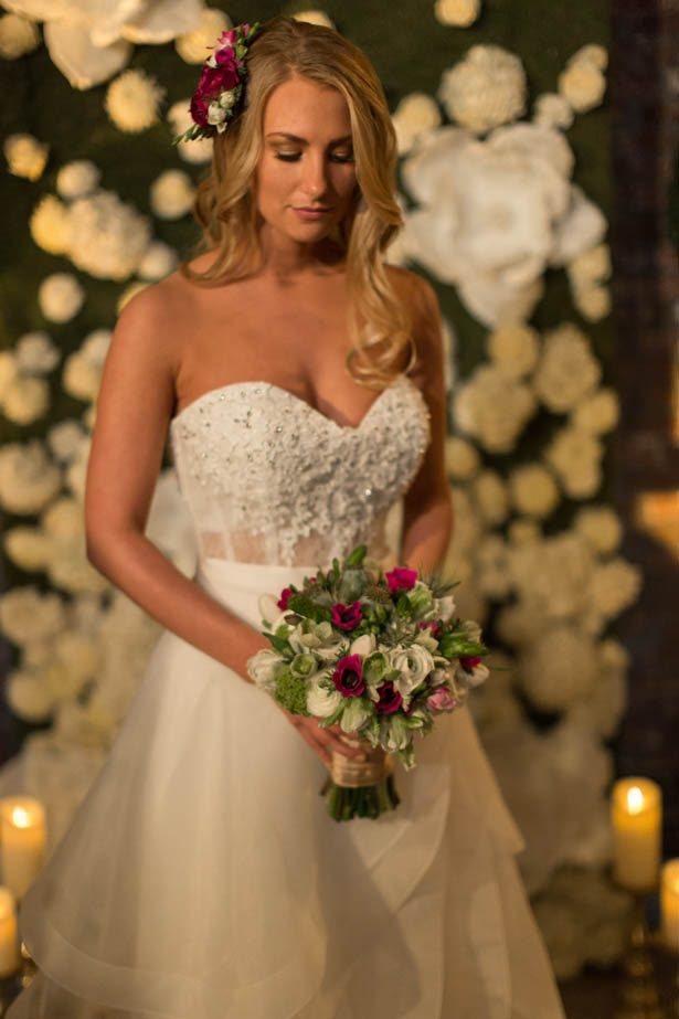Sophisticated bride - Emily Leis Photography