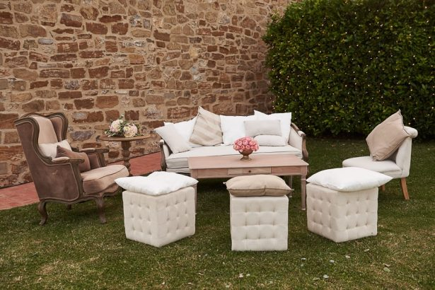 Tuscany Wedding lounge area - Photography: Studio Bonon