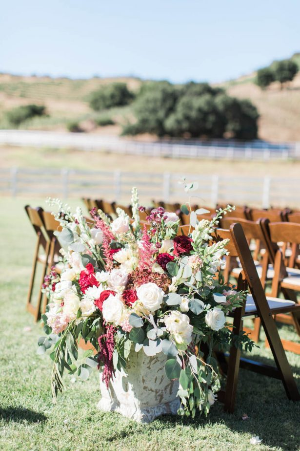 Wedding Ceremony Flowers - Jenny Quicksall Photography