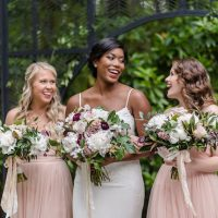 Bold and romantic bridal party - KVC Photography