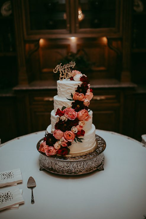 wedding cake ideas burgundy gold and burgundy wedding the magazine 22906