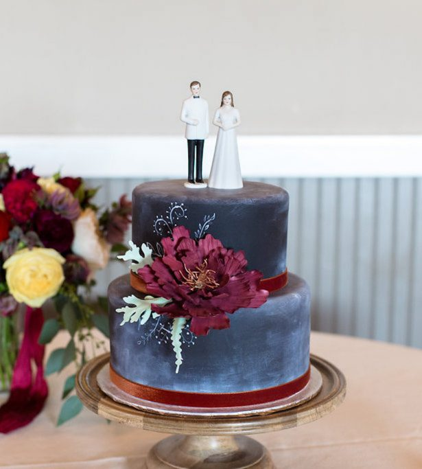 Chalk wedding cake - Eva Rieb Photography